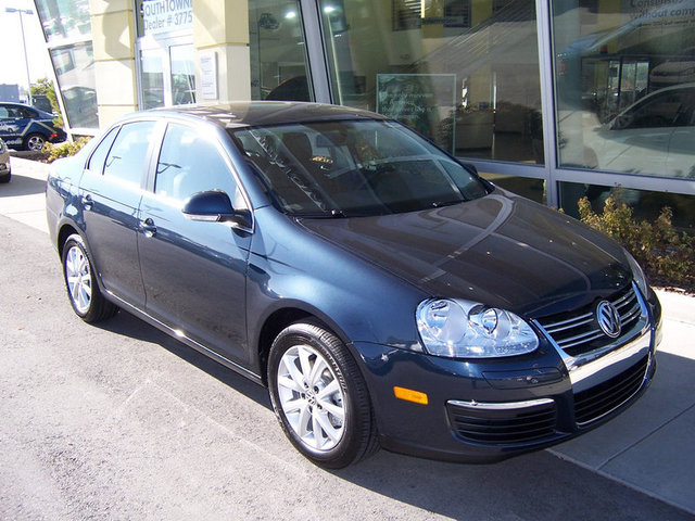 Vehicle Spotlight: 2010 VW Jetta SE | Volkswagen SouthTowne